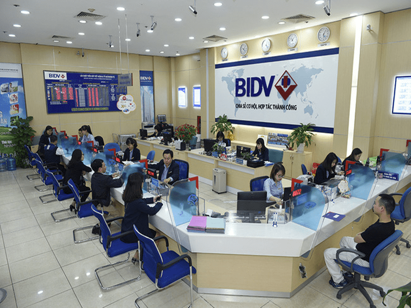 giờ làm việc của ngân hàng bidv