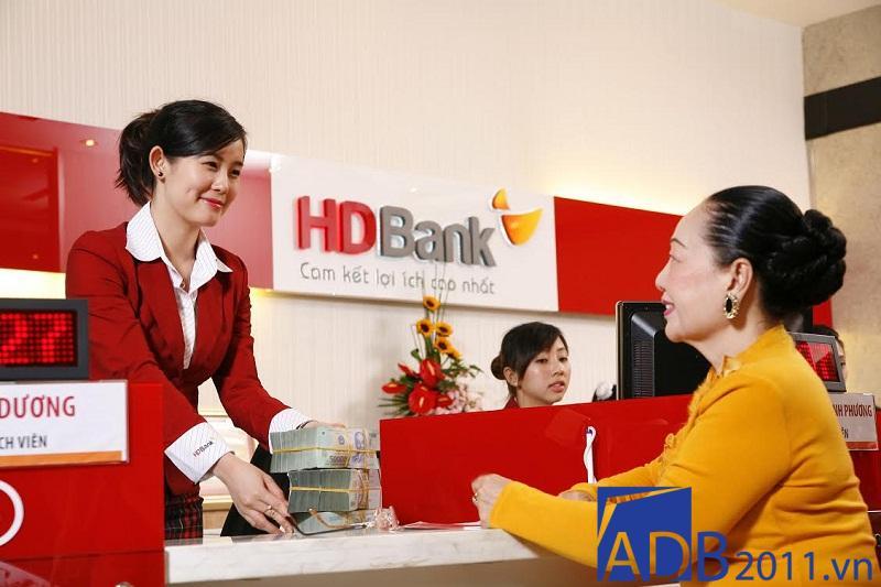 lịch làm việc ngân hàng HD