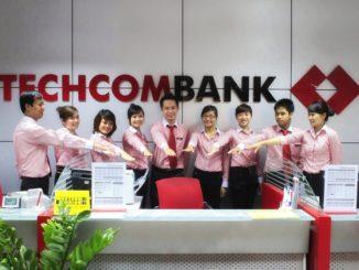 thứ 7 ngân hàng Techcombank có làm việc không