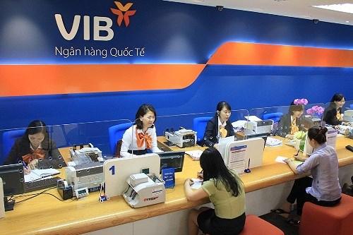 Thứ 7 ngân hàng VIB có làm việc không?