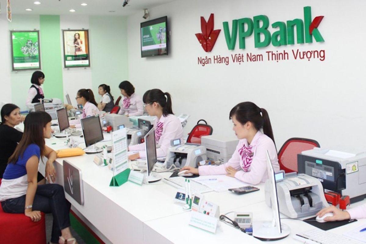 thứ 7 ngân hàng vpbank có làm việc không
